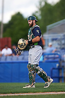 Vermont Lake Monsters catcher Nick Collins (20) during the first game of a doubleheader against the Batavia Muckdogs August 11, 2015 at Dwyer Stadium in Batavia, New York.  Batavia defeated Vermont 6-0.  (Mike Janes/Four Seam Images)