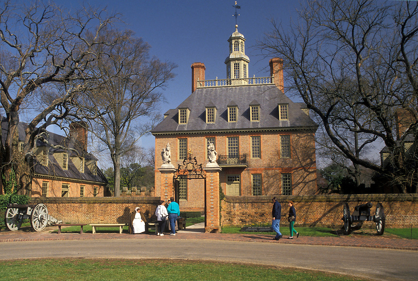 AJ3337, Williamsburg, Colonial Williamsburg Historic Area, Virginia, Governor's Palace in Colonial Williamsburg in the state of Virginia.