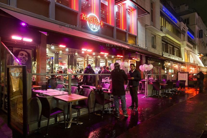 Parigi nella foto Hard Rock Cafe geografico Parigi 04/11/2016 foto Matteo Biatta<br /> <br /> Paris in the picture Hard Rock Cafe geographic Paris 04/11/2016 photo by Matteo Biatta