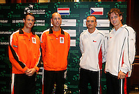 21-9-06,Leiden, Tennis,  Daviscup, draw, dubbles wassen and Wessels(l) against Damm and Berdych