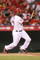 08/16/11 Anaheim, CA: Los Angeles Angels right fielder Torii Hunter #48 during an MLB game played between the Texas Rangers and the Los Angeles Angels at Angel Stadium. The Rangers defeated the Angels 7-3.