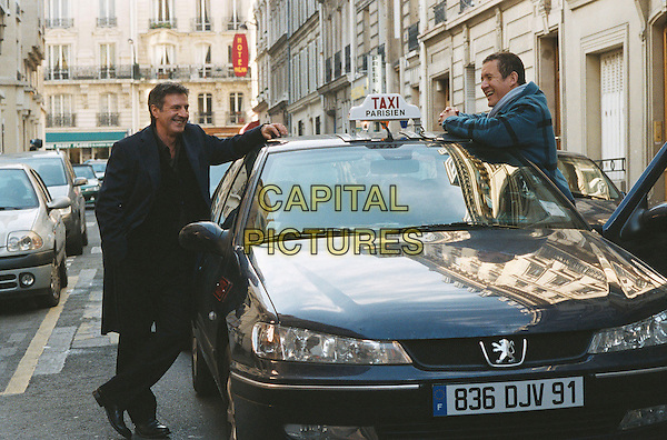 DANY BOON & DANIEL AUTEUIL.in Mon Meilleur Ami (My Best Friend) .**Filmstill - Editorial Use Only**.CAP/FB.Supplied by Capital Pictures