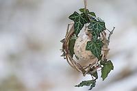 Selbstgemachtes Vogelfutter, Vogelfütterung, Fütterung, Fettfuttermischung, Winterfütterung, Fettfutter, Meisenknödel, bird's feeding