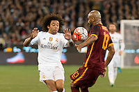 Melbourne, 18 July 2015 - Marcelo Vieira of Real Madrid and Maicon of AS Roma collide in game one of the International Champions Cup match at the Melbourne Cricket Ground, Australia. Roma def Real Madrid 7-6 Penalties. Photo Sydney Low/AsteriskImages.com