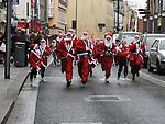 Santa Dash in West street. Photo: Colin Bell/pressphotos.ie