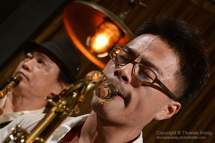 DC Stage, Kaohsiung -- Jeffrey Lin of Smalls Jazz Combo during a tenor sax solo.