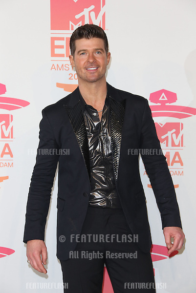 Robin Thicke  in the press room at, the MTV Europe Music Awards (EMA's) 2013 held at Ziggo Dome - Press Room, Amsterdam, Holland.  10/11/20013 Picture by: Henry Harris / Featureflash