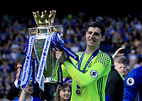 Chelsea goalkeeper Thibaut Courtois (13) holds the Premier league trophy during the Premier League match between Chelsea and Sunderland at Stamford Bridge on May 21st 2017 in London, England. <br /> Festeggiamenti Chelsea vittoria Premier League <br /> Foto Leila Cocker/PhcImages/Panoramic/Insidefoto