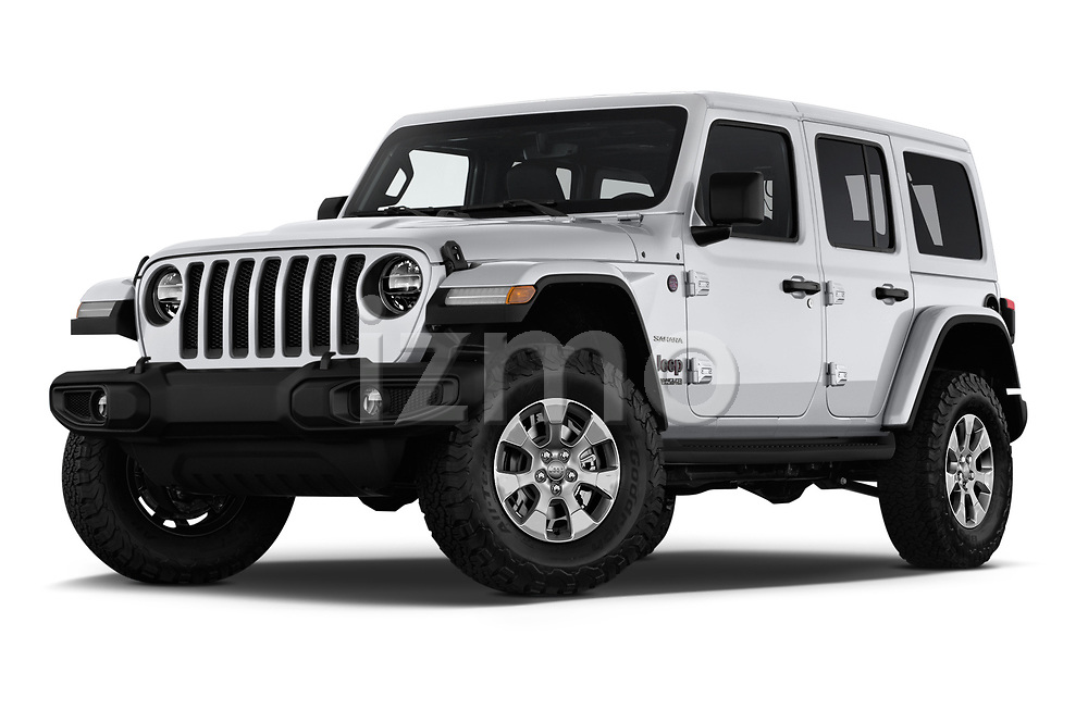 Stock pictures of low aggressive front three quarter view of a 2018 Jeep Wrangler Unlimited Sahara 5 Door SUV