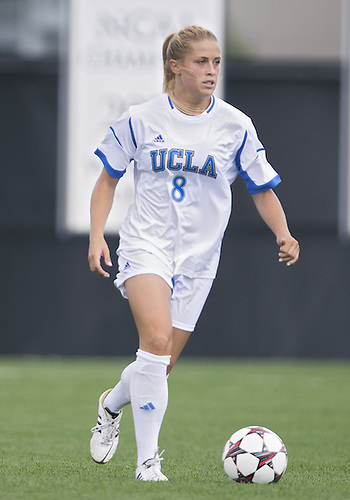 September 01, 2013:  UCLA defender Abby Dahlkemper (8) during NCAA Soccer match between the Notre Dame Fighting Irish and the UCLA Bruins at Alumni Stadium in South Bend, Indiana.  UCLA defeated Notre Dame 1-0.