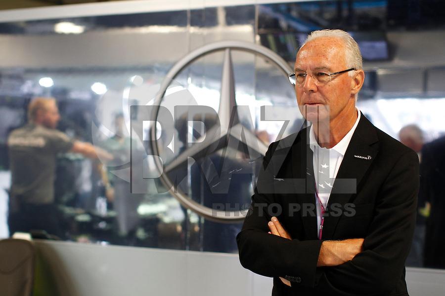 O ex jogador da selecao da alemanha Franz Becknbauer e visto no GP de Fórmula 1 da Itália, disputado no circuito de Monza, neste domingo (08). (Foto: Pixathlon / Brazil Photo Press).