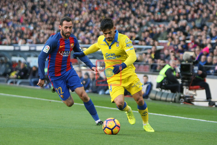 League Santander 2016/2017. Game: 18.<br /> FC Barcelona vs UD Las Palmas: 5-0.<br /> Aleix Vidal vs Tana.