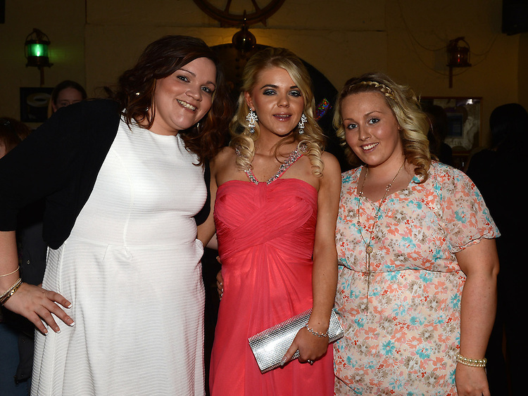 Hannah Kerrigan celebrating her 21st birthday in the Mariner with friends Grainne Floyd and Megan Tormey. Photo: Colin Bell/Pressphotos.ie