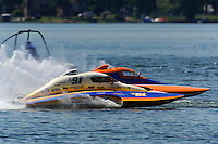 13-14 June, 2009, APBA Inboards, Walled Lake, Novi, MI. USA.David Archiable, Y-91, 1.5 Litre Mod hydroplane.©F. Peirce Williams 2009 USA.F.Peirce Williams.photography.ref: RAW (.NEF) File Available