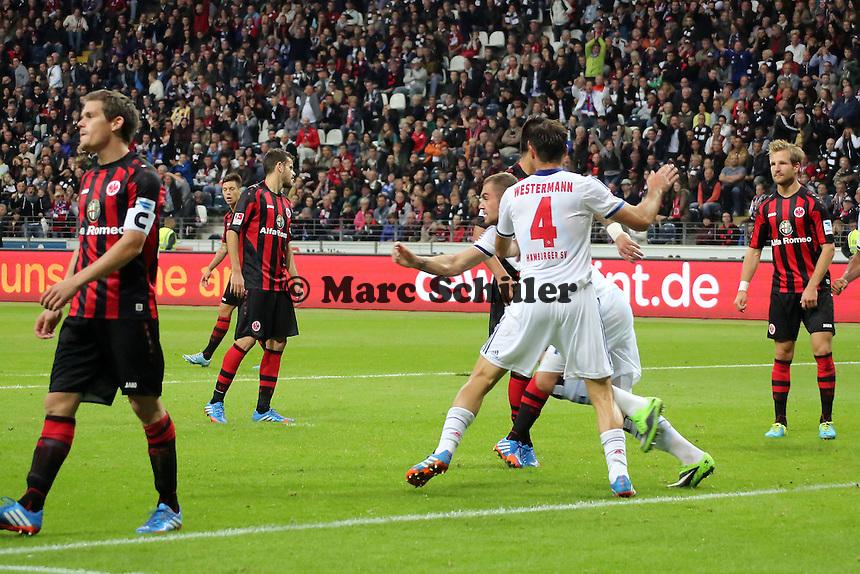 Torjubel um Pierre-Michel Lasogga (HSV) beim 1:1 - Eintracht Frankfurt vs. Hamburger SV, Commerzbank Arena