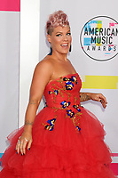 LOS ANGELES, CA - NOVEMBER 19: Pink at the 2017 American Music Awards at Microsoft Theater on November 19, 2017 in Los Angeles, California. Credit: David Edwards/MediaPunch /NortePhoto.com