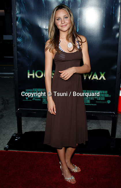 Amanda Bynes arriving at the HOUSE of WAX Premiere at the Westwood Village Theatre in Los Angeles. April 26, 2005.