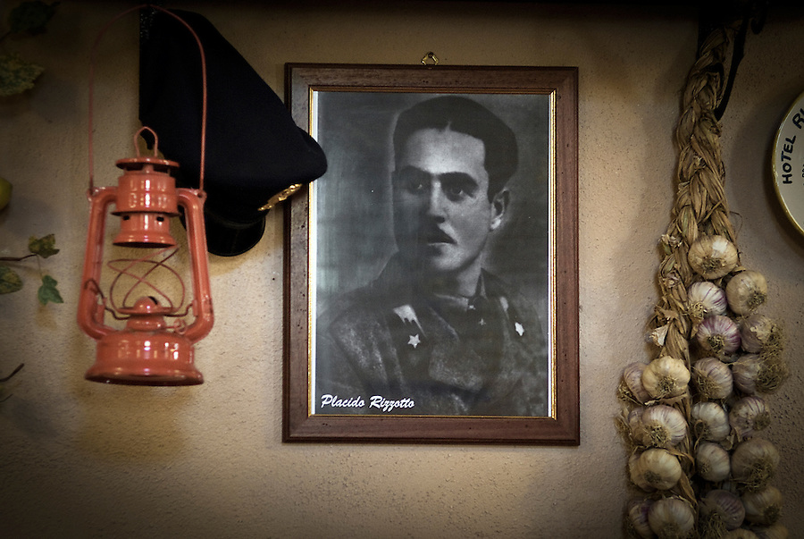 "A picture of the union leader Placido Rizzotto in the holiday farmhouse ""Portella della Ginestra"". / Una foto di Placido Rizzotto all' Agriturismo di Portella della Ginestra."