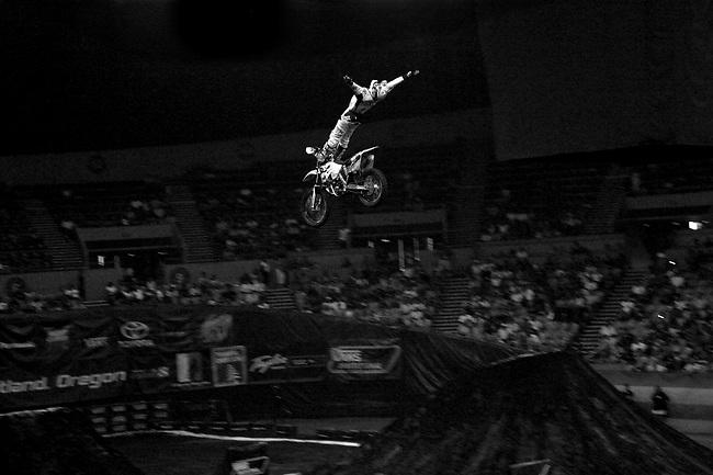 Dew Action Sports Tour.Freestyle Motocross Finals.Travis Pastrana Rank #1 Run #2.Portland,Oregon.