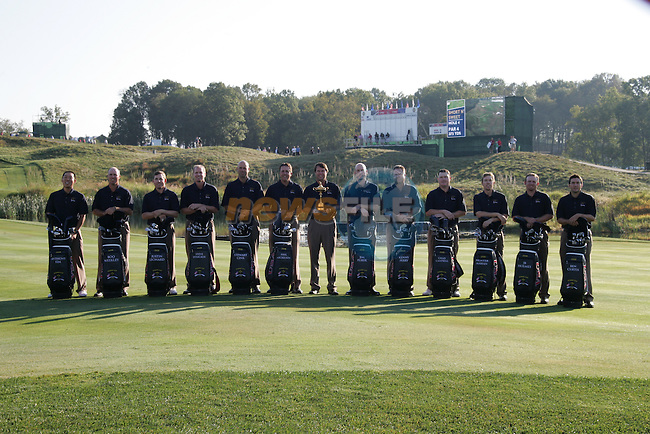 The 37th Ryder cup from Valhalla Golf Club in Louisville, Kentucky..Team USA with the Ryder Cup..Photo: Fran Caffrey/www.golffile.ie.