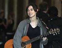 NEW YORK,NY - JULY 20,2012; Keira Knightley shooting on location in Central Park for the new VH-1 movie &quot;Can a Song Save Your Life?&quot; in New York City. &copy; RW/MediaPunch Inc. *NortePhoto.com*<br /> **SOLO*VENTA*EN*MEXICO**<br />  **CREDITO*OBLIGATORIO** *No*Venta*A*Terceros*<br /> *No*Sale*So*third* ***No*Se*Permite*Hacer Archivo***No*Sale*So*third*&Acirc;&copy;Imagenes*con derechos*de*autor&Acirc;&copy;todos*reservados*.