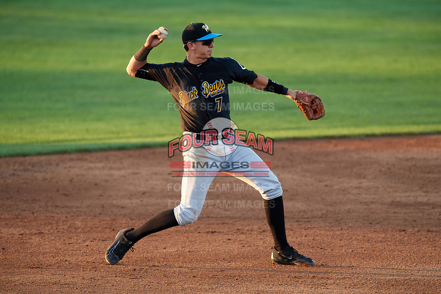 West Virginia Black Bears shortstop Robbie Glendinning (7) throws to first base during a game against the Batavia Muckdogs on August 5, 2017 at Dwyer Stadium in Batavia, New York.  Batavia defeated Williamsport 3-2.  (Mike Janes/Four Seam Images)