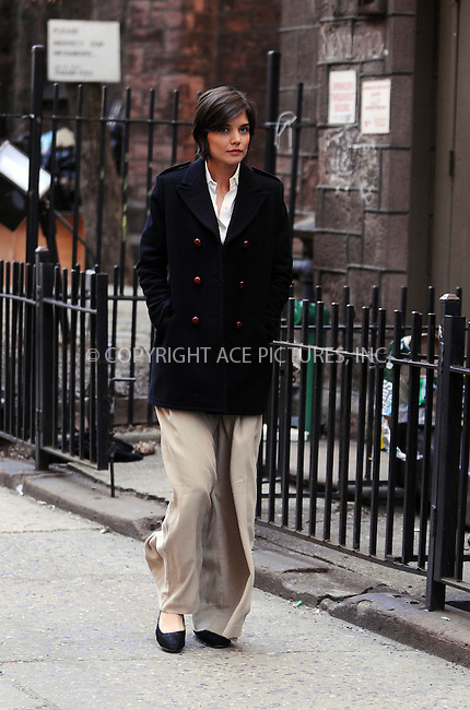 WWW.ACEPIXS.COM . . . . .  ....February 24 2009, New york City....Actress Katie Holmes on the Manhattan set of her new movie 'The Extra Man' on February 24 2009 in New York City....Please byline: AJ Sokalner - ACEPIXS.COM.... *** ***..Ace Pictures, Inc:  ..(212) 243-8787 or (646) 769 0430..e-mail: picturedesk@acepixs.com..web: http://www.acepixs.com