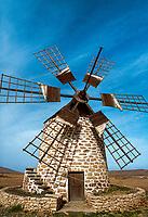 Spanien, Kanarische Inseln, Fuerteventura, Windmuehle bei Tefia   Spain, Canary Island, Fuerteventura, windmill near Tefia