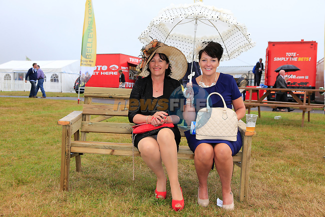 May Smith and Nuala Philips at Bellewstown races<br /> Picture:  Fran Caffrey www.newsfile.ie