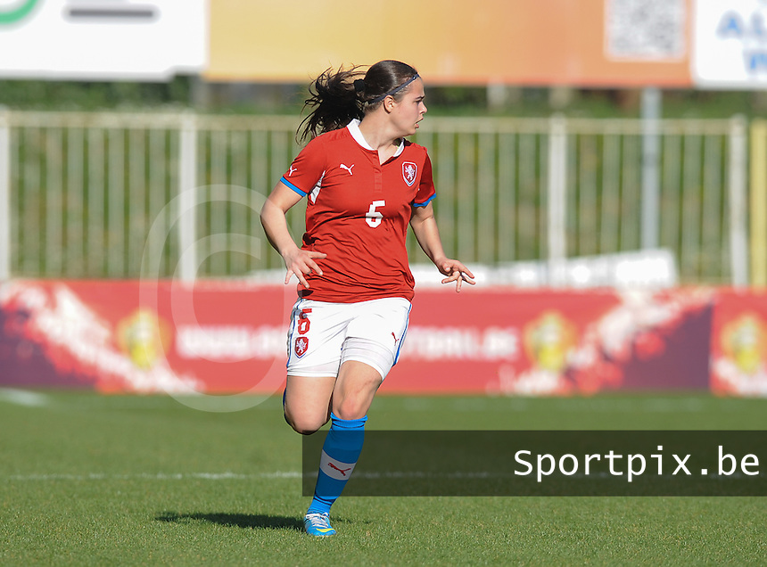 Germany U19 - Czech Republic U19 : <br /> <br /> Czech Republic U19 : Aneta Fojtikova<br /> <br /> foto Dirk Vuylsteke / Nikonpro.be