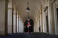 Roma, 17 Febbraio, 2014. Carabinieri del picchetto d'onore camminano nel cortile del Quirinale. Italian Corazziere honour guards walks at the Quirinale Palace.