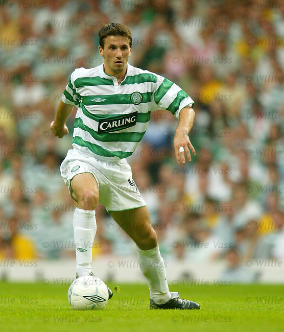 Liam Miller, Celtic.Stock season 2003-04..pic willie vass