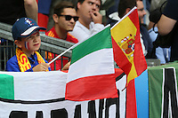 Der 7-jährige Franzose Antonin aus Paris mag beide Teams - EM 2016: Italien vs. Spanien, Stade de France, Achtelfinale