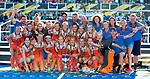 LONDEN - Het Nederlands team met oa keeper Anne Veenendaal (Ned) , Sanne Koolen (Ned) , Kitty Van Male (Ned) , Malou Pheninckx (Ned) , Laurien Leurink (Ned) , Xan de Waard (Ned) , Marloes Keetels (Ned) , Carlien Dirkse van den Heuvel (Ned) ,Kelly Jonker (Ned) , Lidewij Welten (Ned) , Caia Van Maasakker (Ned) , Frederique Matla (Ned) , Ireen van den Assem (Ned) , Laura Nunnink , Lauren Stam (Ned) , keeper Josine Koning (Ned)  , Margot Van Geffen (Ned) , Eva de Goede (Ned) , Alyson Annan (Ned) , Albert Kees Manenschijn (Ned) , Lucas Judge (Ned) , Carmen van der Pol (Ned) , Stefan Hoogewerff (Ned) , fysio Franc Backelandt (Ned) , Dorus vd Laan, Femke Kooijman (Ned) Matt Eyles,   na het winnen van  de finale Nederland-Ierland (6-0) bij  wereldkampioenschap hockey voor vrouwen.  . COPYRIGHT  KOEN SUYK
