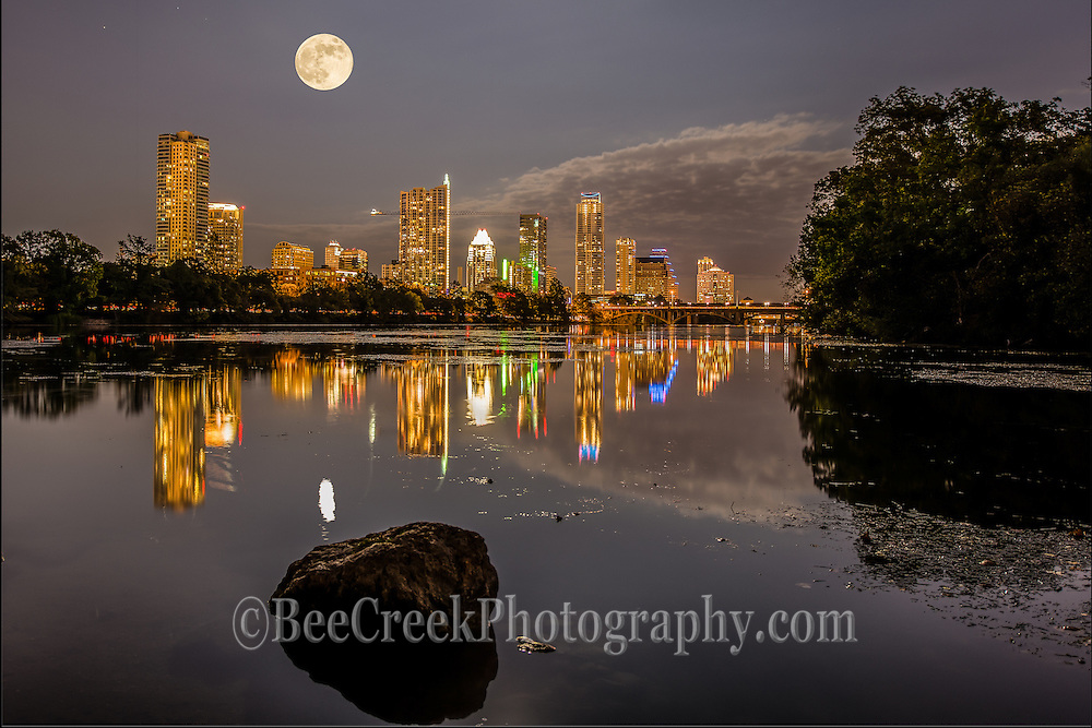 Halloween moon rise over Ladybird Lake, Austin Texas.