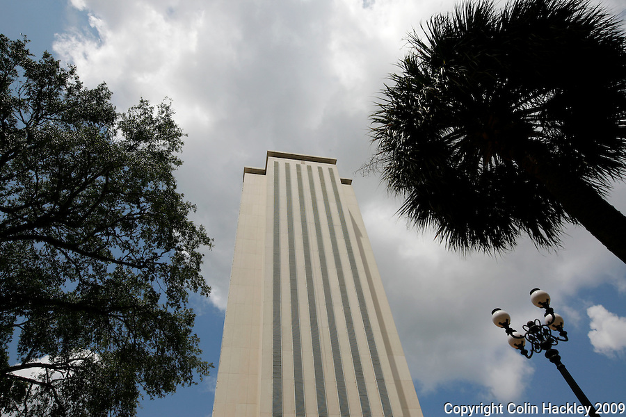 TALLAHASSEE, FL. 5/27/09-FLORIDA CAPITOL CH02-A view of Florida's Capitol from the courtyard between the old and new Capitols in Tallahassee...COLIN HACKLEY PHOTO
