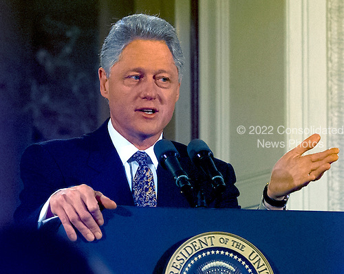 United States President Bill Clinton holds a press confrence in the East Room of the White House in Washington, D.C. on February 16, 2000..Credit: Ron Sachs / CNP