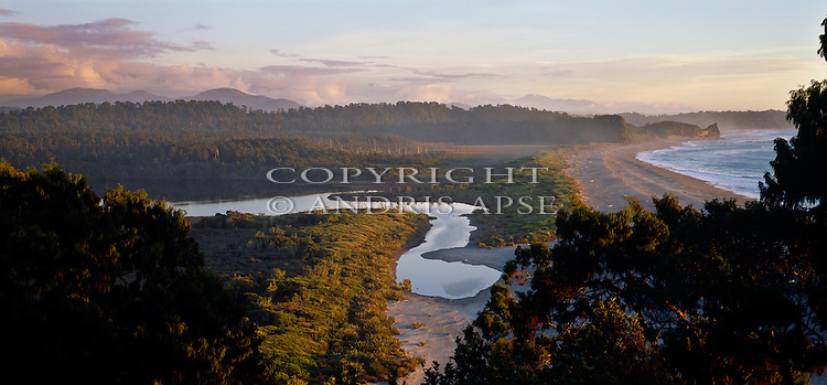 Three Mile Lagoon. Westland National Park. Westland Region. New Zealand.