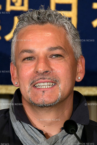 "Tokyo, Japan - Roberto Baggio, Italian Soccer Legend, speaks about the next  soccer match between Italy and Japan in the FIFA Confederations Cup in Brazil during a press conference at The Foreign Correspondents' Club of Japan, June 8, 2013. Baggio or Il Divin' Cordino comes to Japan to participate in an ""All-Stars"" soccer match between former legends of Italy and Japan. (Photo by Rodrigo Reyes Marin/AFLO)"
