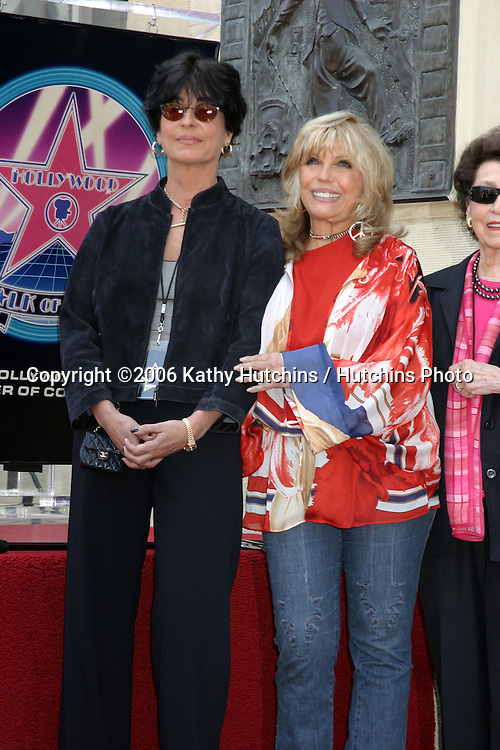 Tina and Nancy Sinatra.Nancy Sinatra receives a star on the Hollywood Walk of Fame.Los Angeles, CA.May 11, 2006.©2006 Kathy Hutchins / Hutchins Photo....