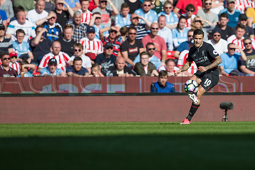 April 8th 2017, bet365 Stadium, Stoke on Trent, Staffordshire, England; EPL Premier League football, Stoke City versus Liverpool; Liverpool's Philippe Coutinho crosses the ball