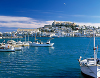 Spanien, Balearen, Ibiza (Eivissa), Ibiza-Stadt: mit Altstadtbezirk Dalt Vila, Kathedrale und Hafen | Spain, Balearic Islands, Ibiza (Eivissa), Ibiza-Town: with Old Town Dalt Vila, cathedral and harbour