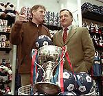 Dick Advocaat and Bert Van Lingen open a Rangers Shop in East Kilbride in 1999