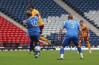Keith Lasley and Liam Craig challenging for the ball