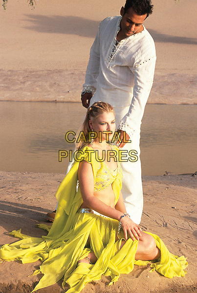 SALMAN KHAN & ALI LARTER.in Marigold (Marigold: An Adventure in India) .*Filmstill - Editorial Use Only*.CAP/FB.Supplied by Capital Pictures.