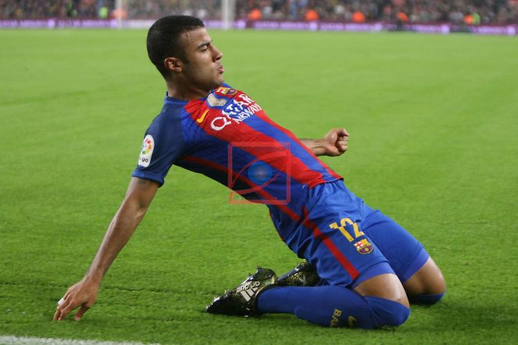 League Santander 2016/2017. Game: 10.<br /> FC Barcelona vs Granada CF: 1-0.<br /> Rafinha.