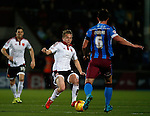 Louis Reed of Sheffield Utd tackles Niall Canavan of Scunthorpe Utd - English League One - Scunthorpe Utd vs Sheffield Utd - Glandford Park Stadium - Scunthorpe - England - 19th December 2015 - Pic Simon Bellis/Sportimage