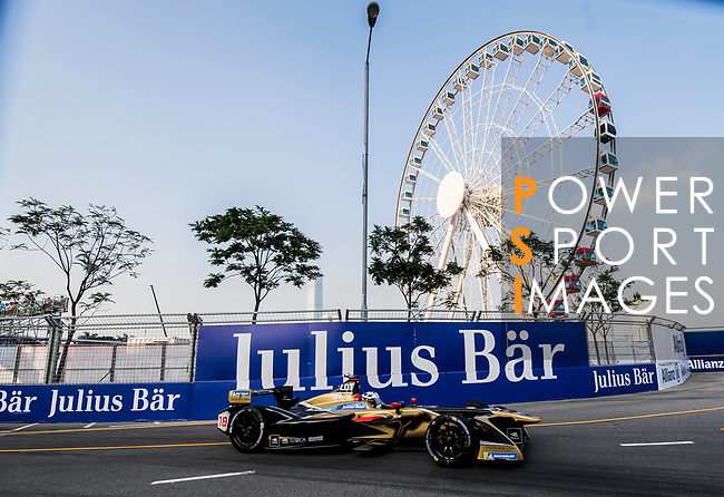 Andre Lotterer of Belgium from TECHEETAH competes during the FIA Formula E Hong Kong E-Prix Round 2 at the Central Harbourfront Circuit on 03 December 2017 in Hong Kong, Hong Kong. Photo by Marcio Rodrigo Machado / Power Sport Images