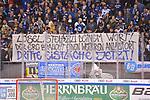 """Fans mit dem Banner """"LÖSL, STEH ZU DEINEM WORT! DER ERC BRAUCHT EINEN WEITEREN ANLAUFORT DRITTE EISFLÄCHE JETZT!"""", ERC Ingolstadt gegen Grizzlys Wolfsburg am 08.03.2020 in Ingolstadt,<br /> Foto: Johannes TRAUB / JT-Presse.de beim Spiel in der DEL, ERC Ingolstadt (dunkel) - Grizzlys Wolfsburg (hell).<br /> <br /> Foto © PIX-Sportfotos *** Foto ist honorarpflichtig! *** Auf Anfrage in hoeherer Qualitaet/Aufloesung. Belegexemplar erbeten. Veroeffentlichung ausschliesslich fuer journalistisch-publizistische Zwecke. For editorial use only."""