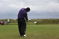 David Drysdale playing the 15th after play restarted on day 3 at the 3 Irish open in Co Louth Golf Club...Photo: Fran Caffrey/www.golffile.ie..